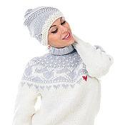 Одежда ручной работы. Ярмарка Мастеров - ручная работа Свитер водолазка вязаный женский с оленями и шапочка - модный тренд. Handmade.