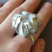 """Украшения ручной работы. Ярмарка Мастеров - ручная работа Кольцо """"Коробочка хлопка"""" серебряное с войлоком. Handmade."""