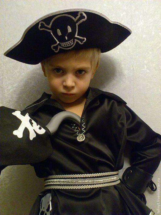 Детские карнавальные костюмы ручной работы. Ярмарка Мастеров - ручная работа. Купить Капитан пиратов. Handmade. Пират, атлас