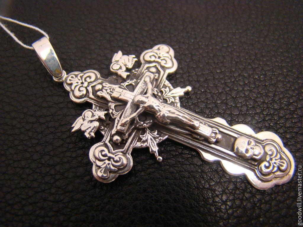 Крестик серебряный ручной работы