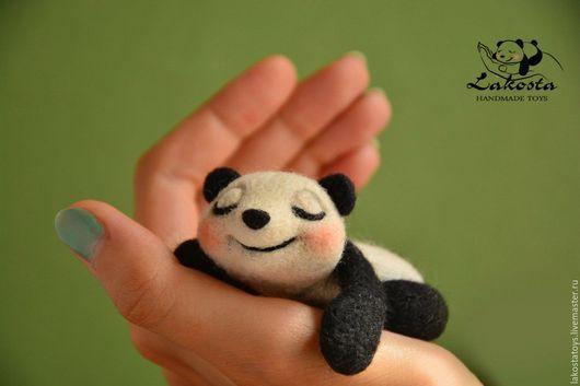 """Компьютерные ручной работы. Ярмарка Мастеров - ручная работа. Купить Сувенир""""Спящая панда"""". Handmade. Панда, оригинальный подарок, сон"""
