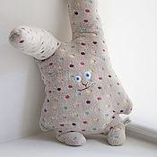 Подушки ручной работы. Ярмарка Мастеров - ручная работа Плюшевая подушка-игрушка Заяц. Handmade.