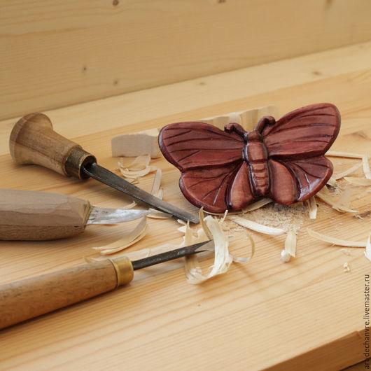 """Заколки ручной работы. Ярмарка Мастеров - ручная работа. Купить Заколка """"Бабочка"""". Handmade. Деревянный, заколка, ручная работа, липа"""