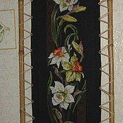 """Картины и панно ручной работы. Ярмарка Мастеров - ручная работа Вышитая картина """"Нарциссы"""". Handmade."""