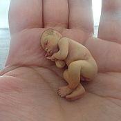 Куклы и игрушки ручной работы. Ярмарка Мастеров - ручная работа крошка на ладошку мальчик. Handmade.