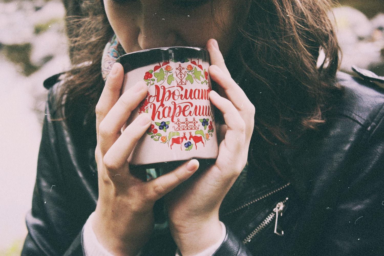 Кружки и чашки ручной работы. Ярмарка Мастеров - ручная работа. Купить Кружка «Аромат Карелии». Handmade. Кружка, чай, комбинированный