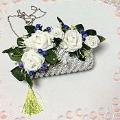 Свадебный салон ручной работы. Ярмарка Мастеров - ручная работа Сумочка - букет (Белые Розы синии ягоды). Handmade.