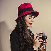 Красная шляпа Федора