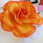 Украшения ручной работы. Ярмарка Мастеров - ручная работа Роза на зажиме из фоамирана. Handmade.