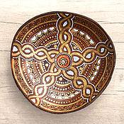 Посуда ручной работы. Ярмарка Мастеров - ручная работа Кокосовая тарелка с кельтскими мотивами. Handmade.