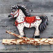 """Для дома и интерьера ручной работы. Ярмарка Мастеров - ручная работа """"Ключница Конь в яблоках"""" ключница-вешалка. Handmade."""