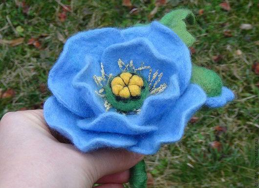 """Броши ручной работы. Ярмарка Мастеров - ручная работа. Купить Валяная брошь """"Гималайский мак"""". Handmade. Синий, брошь цветок"""