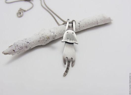 """Кулоны, подвески ручной работы. Ярмарка Мастеров - ручная работа. Купить Серебряная подвеска """"котенок""""(серебро). Handmade. Белый"""