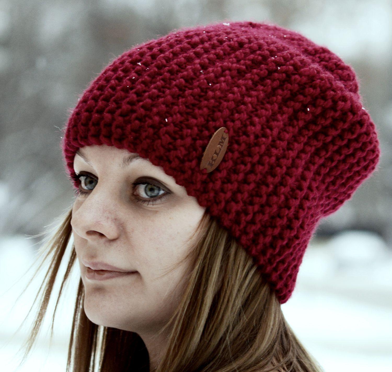 Как связать женскую шапку