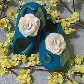 Тапочки ручной работы. Ярмарка Мастеров - ручная работа Тапочки валяные с крупным цветочком. Handmade.
