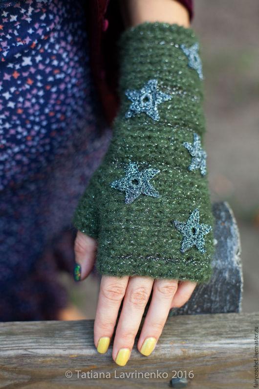 """Варежки, митенки, перчатки ручной работы. Ярмарка Мастеров - ручная работа. Купить Митенки """"Звёзды"""". Handmade. Тёмно-зелёный, звезды"""