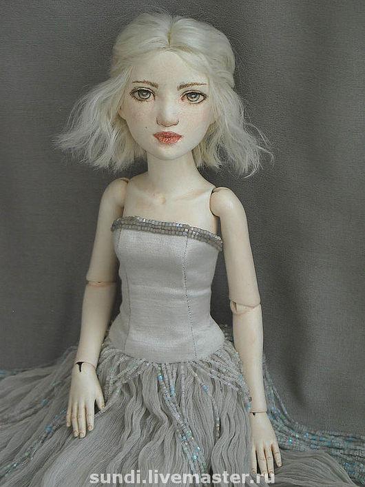 """Коллекционные куклы ручной работы. Ярмарка Мастеров - ручная работа. Купить """"Зимняя"""". Handmade. Шарнирная кукла"""
