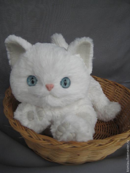 """Куклы и игрушки ручной работы. Ярмарка Мастеров - ручная работа. Купить Игрушка из плюша """" котенок Плюша"""". Handmade. Белый"""