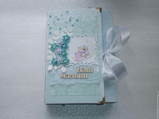 Подарки для новорожденных, ручной работы. Ярмарка Мастеров - ручная работа. Купить Фотоальбом для мальчика первого года жизни с мишкой Fuzzy Moon. Handmade.