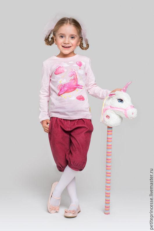 """Одежда для девочек, ручной работы. Ярмарка Мастеров - ручная работа. Купить лонгслив """"Единорог"""". Handmade. Бледно-розовый, футболка для девочки"""