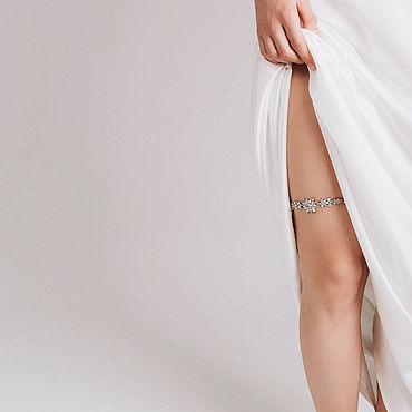 Свадебный салон ручной работы. Ярмарка Мастеров - ручная работа Подвязка со стразами, подвязка для невесты. Handmade.