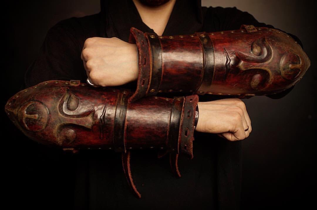 Leather Bracers with a Mask, Bracers, St. Petersburg,  Фото №1