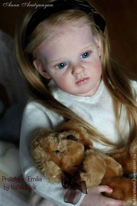 Это не кукла, а заготовка для росписи. Фото взято для примера того, какая кукла может получиться.