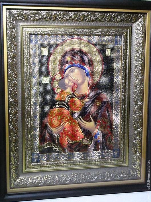Богородица Владимирская - икона ручной работы, вышита калиброванным чешским бисером, оформлена в двойной багет и деревянный киот