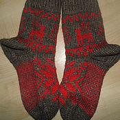 Аксессуары ручной работы. Ярмарка Мастеров - ручная работа носки с оленями в скандинавском стиле, вязаные на спицах, ручная вязка. Handmade.