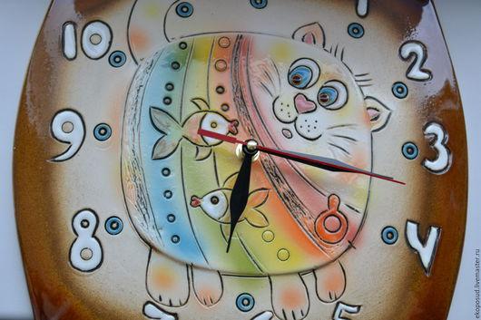 """Часы для дома ручной работы. Ярмарка Мастеров - ручная работа. Купить Настенные часы  """"Веселый кот"""". Часики. Часы из глины.. Handmade."""