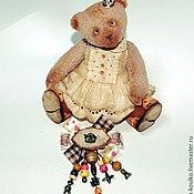 """Украшения ручной работы. Ярмарка Мастеров - ручная работа Брошь """"Мишка очень любит мед..."""". Handmade."""