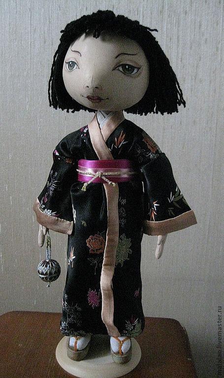 """Коллекционные куклы ручной работы. Ярмарка Мастеров - ручная работа. Купить Кукла""""Кейко с шариком """"темари"""". Handmade. Японка, холлофайбер, ирис"""
