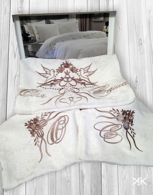 Текстиль, ковры ручной работы. Ярмарка Мастеров - ручная работа. Купить Вышивка на постельном белье. Монограмма. Handmade. Постельное белье