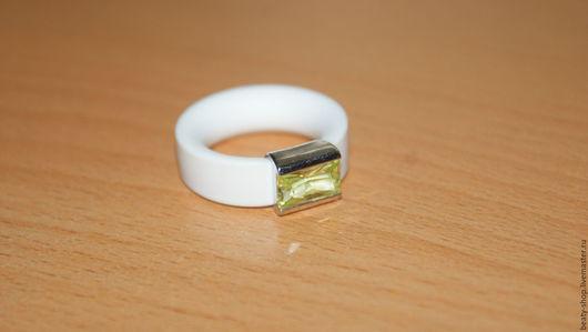 Кольца ручной работы. Ярмарка Мастеров - ручная работа. Купить Кольцо каучук с серебром 925. Handmade. Белый, кольцо из серебра