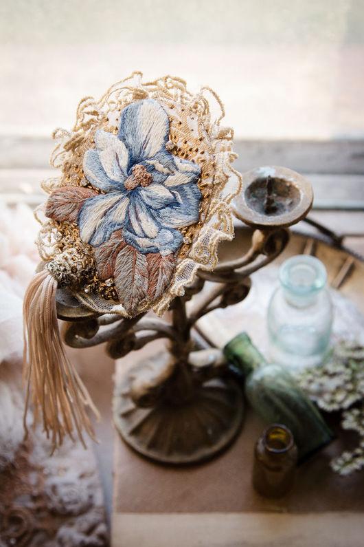Броши ручной работы. Ярмарка Мастеров - ручная работа. Купить Вышитая брошь в винтажном стиле с цветком. Handmade. Голубой