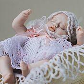 Мини фигурки и статуэтки ручной работы. Ярмарка Мастеров - ручная работа Кукла в ладошку Сонечка. Handmade.