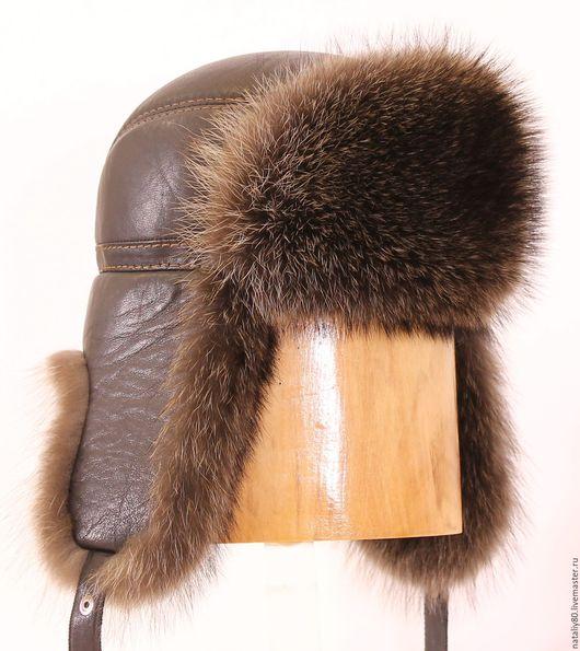 Шапки ручной работы. Ярмарка Мастеров - ручная работа. Купить Мужская шапка-ушанка кожаная с отделкой енотом. Handmade. Коричневый