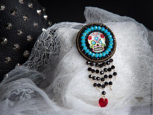 Броши ручной работы. Ярмарка Мастеров - ручная работа. Купить Брошь Череп голубой с подвеской skull ( радужный череп, катрина). Handmade.
