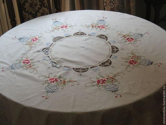 Винтажные предметы интерьера. Ярмарка Мастеров - ручная работа. Купить винтажная круглая скатерть с вышивкои и игольным кружевом. Handmade. Бежевый