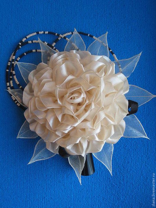 """Заколки ручной работы. Ярмарка Мастеров - ручная работа. Купить Заколка """"Кремовая роза"""". Handmade. Бежевый, заколка-цветок, канзаши"""