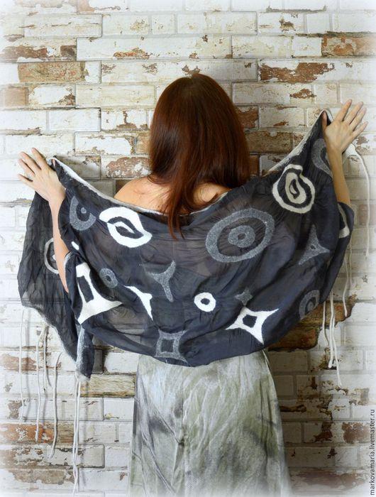 Шелковый шарф. Шелковый платок. Платок шелковый.