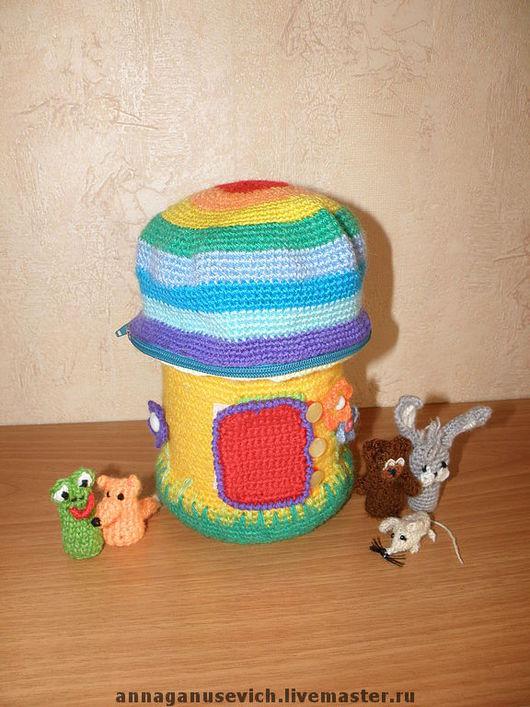 """Развивающие игрушки ручной работы. Ярмарка Мастеров - ручная работа. Купить вязанный развивающий домик """"Грибок -теремок"""". Handmade. игрушка"""
