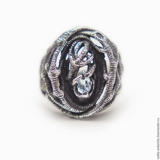 Кольца ручной работы. Ярмарка Мастеров - ручная работа. Купить Тайный Лес перстень из серебра с голубым топазом. Handmade.