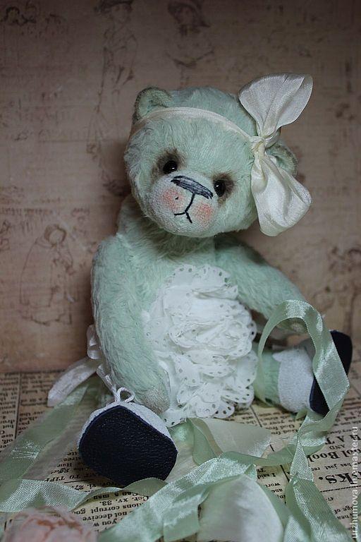 Мишки Тедди ручной работы. Ярмарка Мастеров - ручная работа. Купить АИША. Handmade. Мятный, мишка в одежке, глаза стеклянные