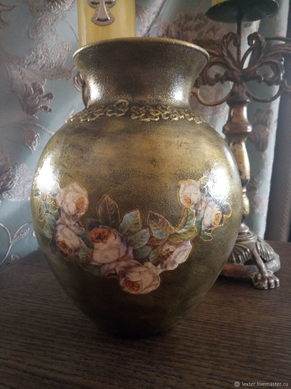 Вазы ручной работы. Стеклянная ваза Розы