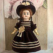 Куклы и игрушки ручной работы. Ярмарка Мастеров - ручная работа Платье и шляпка из бархата для антикварной куклы. Handmade.