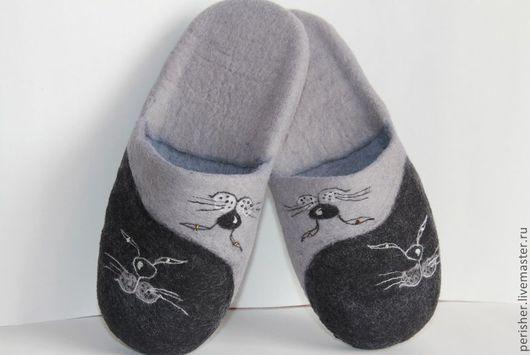 """Обувь ручной работы. Ярмарка Мастеров - ручная работа. Купить Тапочки """"КотИньЯния"""". Handmade. Тапочки, тапочки валяные, тапки валяные"""