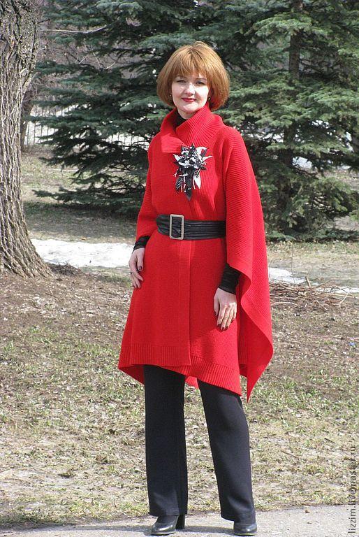 """Пончо ручной работы. Ярмарка Мастеров - ручная работа. Купить Вязанное пончо """"Кармен"""". Handmade. Ярко-красный, пальто вязанное"""
