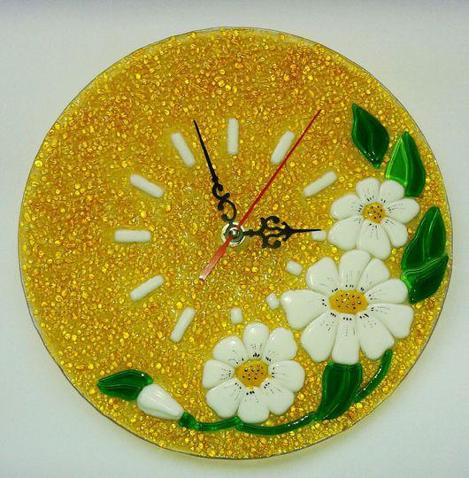 """Часы для дома ручной работы. Ярмарка Мастеров - ручная работа. Купить Фьюзинг. Часы """" Ромашки"""".. Handmade. Часы, Фьюзинг"""