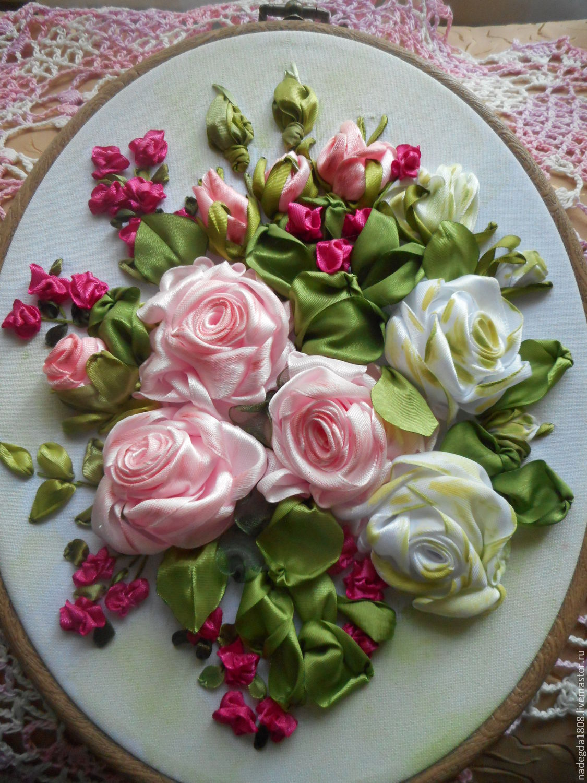 Вышивка лентами розы с листьями от мастера шепилова 42